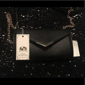 Clutch chain purse 💋